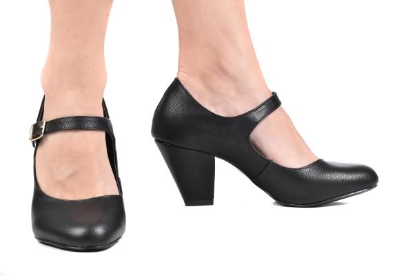 Sapato Boneca Preto - Tamaños: 31 - 32 - 33 - Ftérna